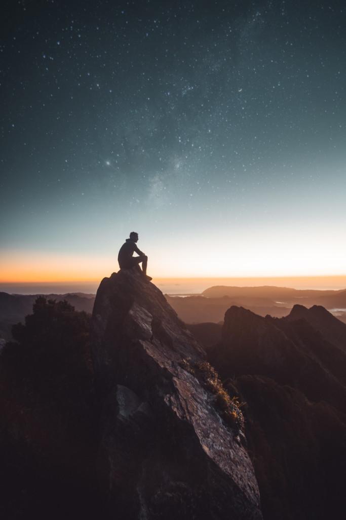 星空を見る人