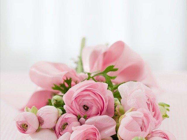 いっぱいの綺麗な花束